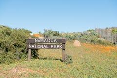 Firme en la entrada del parque nacional de Namaqua Imagenes de archivo