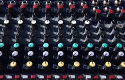 Firme seu controlador do DJ fotos de stock