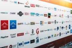 Firmen, die an der Ausstellung und an der Konferenz teilnehmen Stockbilder