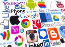 Firmenzeichen von populären Datenverarbeitungsmarken Stockbilder