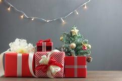 Firmi la decorazione & gli ornamenti del concetto del buon anno & di Buon Natale Immagini Stock