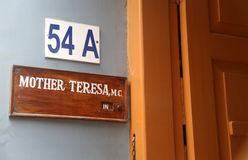 Firmi sull'entrata per generare la Camera, la residenza di Madre Teresa in Calcutta Immagine Stock Libera da Diritti