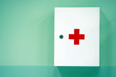 Free First Aid Cabinet Stock Photography - 6435422