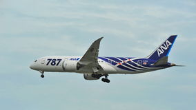 First Boeing 787 (Dreamliner) of All Nippon Airways (ANA) fleet landing at Changi Airport Stock Images