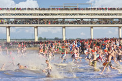 First Year Dive at Scheveningen. NETHERLANDS, Den Haag: The annual tradition of the New Year's Dive (Nieuwjaarsduik) takes by some 10,000 people in the icy Stock Image