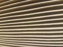 Fisarmonica della cartella di archivio con le linee leggere e scure immagini stock