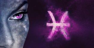 Fisch-Sternzeichen Astrologiefrauen des nächtlichen Himmels Stockfotos