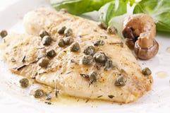 Fische piccata Lizenzfreies Stockbild