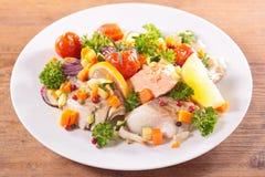 Fische und Gemüse Stockbild