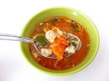 Fischen Sie Suppe und Löffel Stockbilder