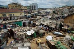 Fischenhäuser in der Umhang-Küste, Ghana Lizenzfreies Stockbild