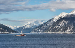 Fischenschleppnetzfischer in Portage-Bucht Lizenzfreie Stockfotografie