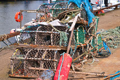 Fischenweidenkörbe und -seile Lizenzfreies Stockbild