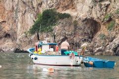 Fischer auf Boot Stockbilder
