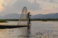 Fischer auf dem Inle See auf Myanmar Lizenzfreies Stockbild