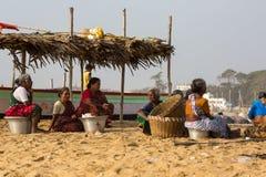 Fischer auf dem Strand Marina Beach Lizenzfreies Stockbild