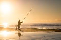 Fischer am Sonnenaufgang stockfoto