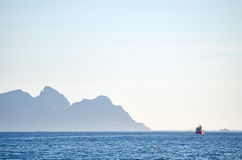 Fischerboot auf einem Horizont Stockfoto