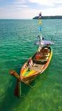 Fischerboot auf Thailand-Strand Stockfotos