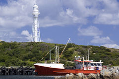 Fischerboot in Currie Hafen Lizenzfreies Stockfoto