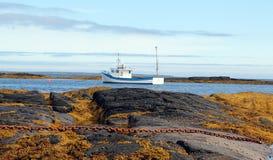 Fischerboot des Hummers auf atlantischer Küste Lizenzfreies Stockbild