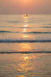 Fischerboot des Morgens Stockfotografie