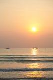 Fischerboot des Morgens Lizenzfreies Stockbild