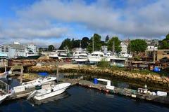 Fischerboot an Gloucester-Hafen, Massachusetts Stockfoto