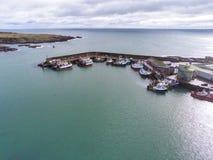 Fischerboot-Hafen lizenzfreie stockfotos