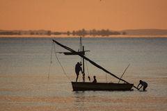 Fischerboot - Inhassoro - Mosambik Stockfotografie