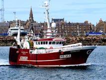 Fischerboot Rosebloom INS353 Abreise stockfotos