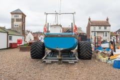 Fischerboot und Anhänger stockfoto