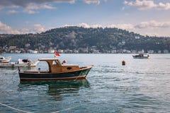Fischerboote beim Bosphorus Lizenzfreies Stockfoto