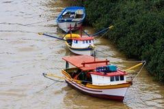 Fischerboote der Farbe Lizenzfreie Stockbilder