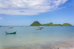 Fischerboote am Golf von Prachuap bellen Stockfoto