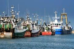 Fischerboote in Howth-harborand 201 im September, Howth (Dublin) Stockfotos