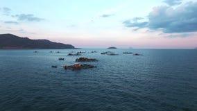 Fischerboote im Meer vietnam stock footage