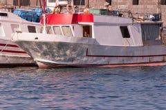 Fischerboote verankert in Sizilien, Italien Lizenzfreies Stockfoto