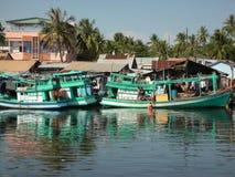 Fischerboote in Vietnam lizenzfreie stockfotos