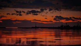 Fischerboothafen bei Sonnenuntergang Stockbilder