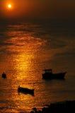 Fischerbootschattenbilder Stockfotografie