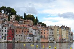 Fischerdorf auf dem Mittelmeer Lizenzfreie Stockfotos