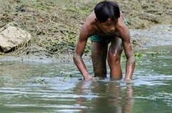 Fischerei in den Kindern lizenzfreies stockbild