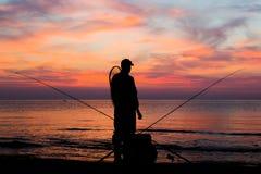 Fischerei an der Dämmerung Stockfoto