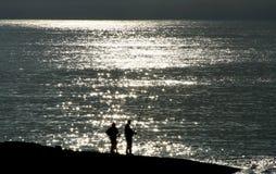 Fischerei in der Nacht Lizenzfreies Stockbild