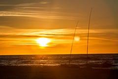 Fischerei durch das Meer Stockfotos