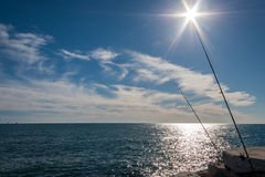 Fischerei an einem sonnigen Tag Stockfoto