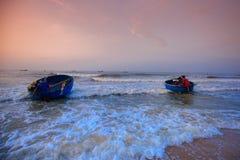Fischerei für einen neuen Tag Lizenzfreies Stockbild