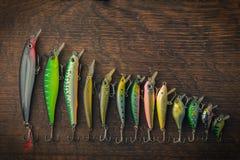 Fischerei Köder von den verschiedenen Längen ausgebreitet in absteigender Folge stockfoto