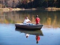 Fischerei mit Vati stockfoto